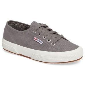 Superga Cotu Sneakers Size 8US / 39EU